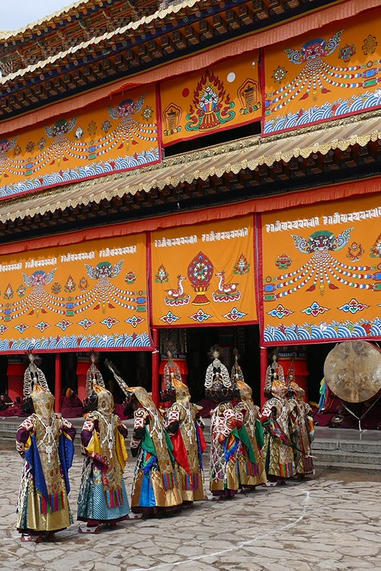 Group tour during Monlam Festival (Losar) in East Tibet Amdo 2016