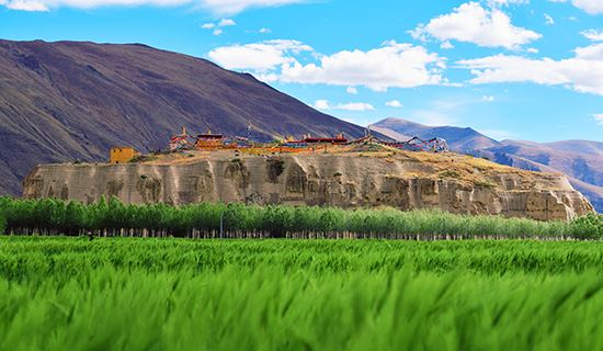 Mausoleums and Tombs in Tibet