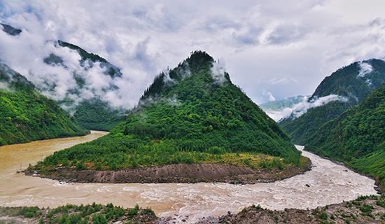 Overland Tour from Yunnan via Tibet to Nepal with Everest